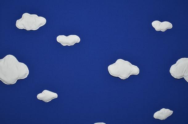 Фотофон синее небо с облаками